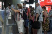Пытающихся поменять российский курорт на Турцию предупредили о проблемах