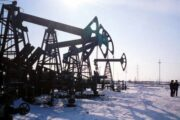 ОПЕК+ повышает добычу в ущерб нефтяным котировкам
