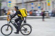 Онлайн-выручка московских ресторанов с доставкой выросла на 27% — Капитал