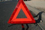 В Приангарье водитель без прав сбил школьницу на переходе и скрылся
