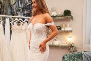 Невеста купила подержанное платье и обнаружила в нем тайное послание: Явления: Ценности: Lenta.ru