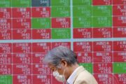 На рынках установилось хрупкое равновесие