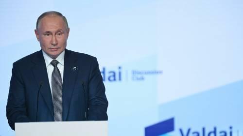 Американцы попросили убежища в России из-за одной фразы Путина